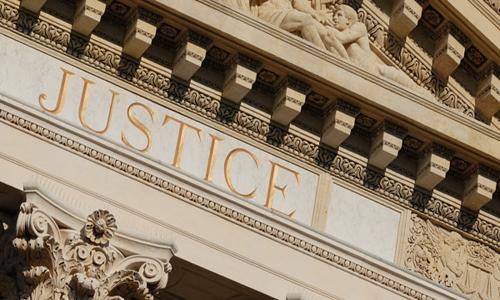 Prendre un avocat pour une succession